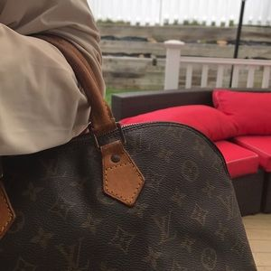 Louis Vuitton Bags - Louis Vuitton tote